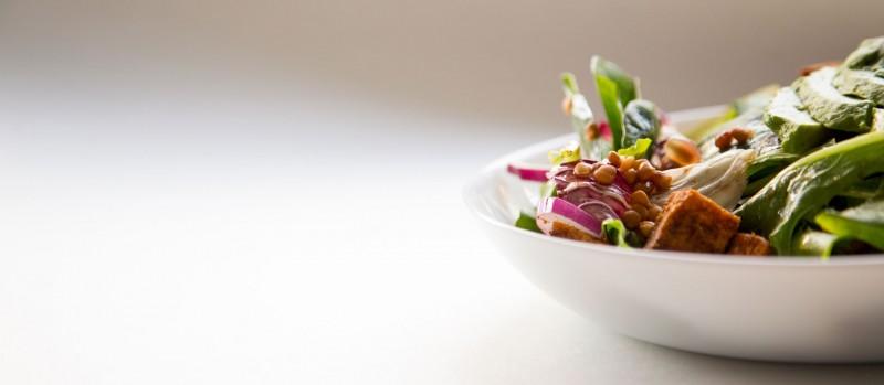 media/image/Satt-mit-Salat-Header.jpg