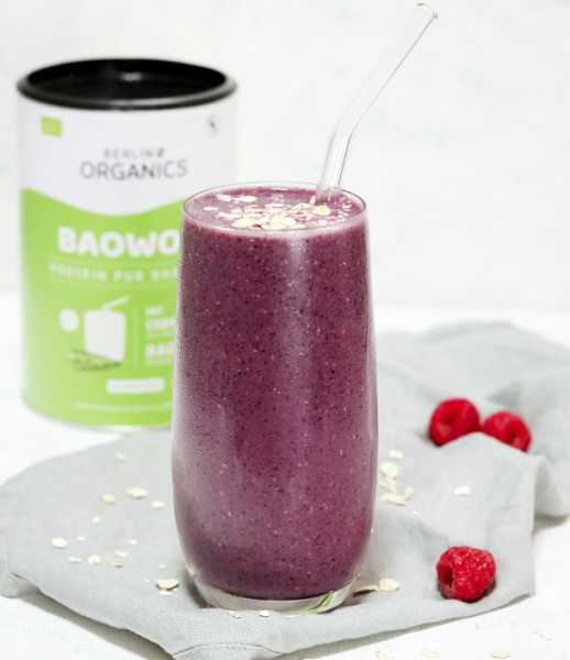 Very-Berry-Protein-Smoothie-vegan