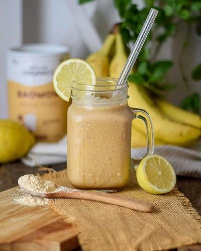 Erfrischender-Bananen-Baobab-Smoothie