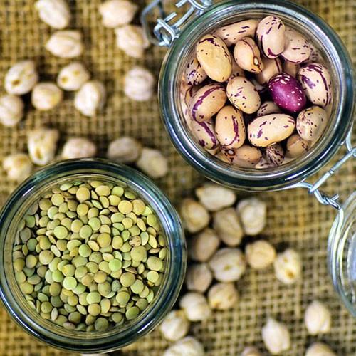 Linsen und Bohnen als Eiweißquelle